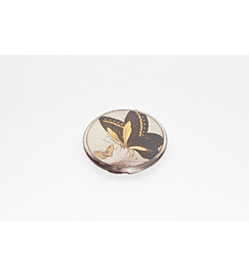 Komai Compact Mirror with Two Butterflies, meiji period, metalwork