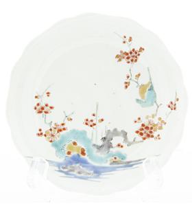 Kakiemon Round Saucer, Red Plum Blossoms, Porcelain, Japanese antique, Japan